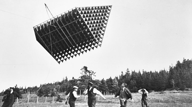 Workers Run from Large Tetrahedral Kite